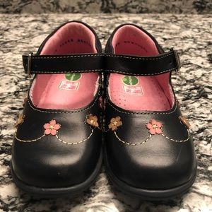 Brand new Mini Burbujas toddler shoes size 9.5